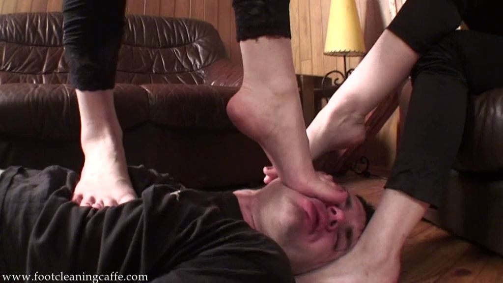 Foot Worship Caffe update 048 - FOOT CLEANING CAFFE - SD/576p/MP4
