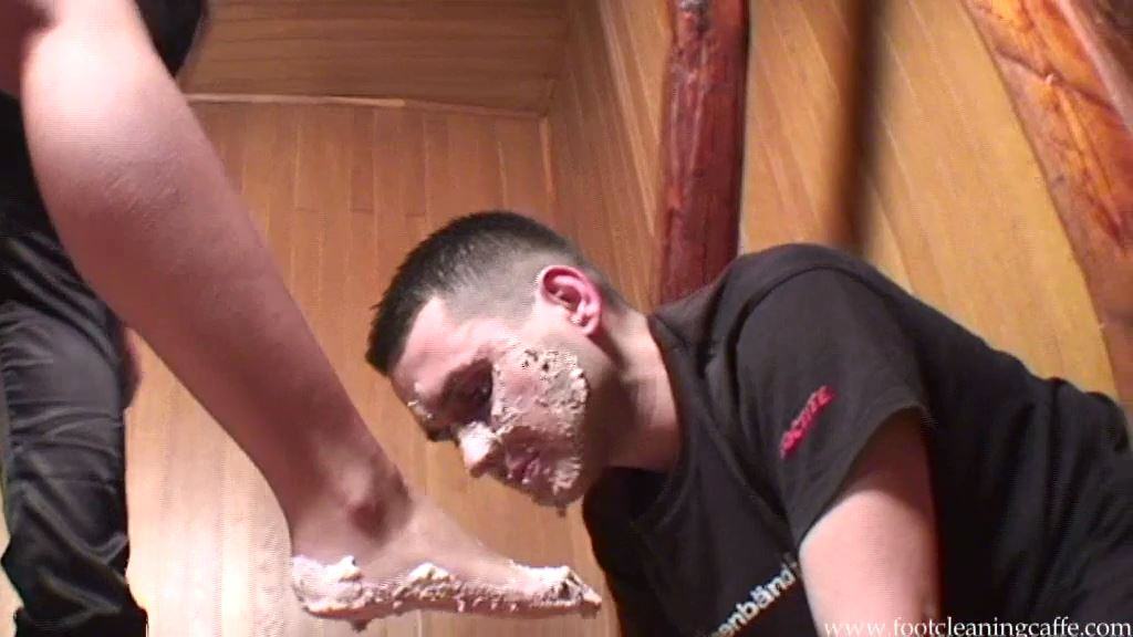 Foot Worship Caffe update 050 - FOOT CLEANING CAFFE - SD/576p/MP4