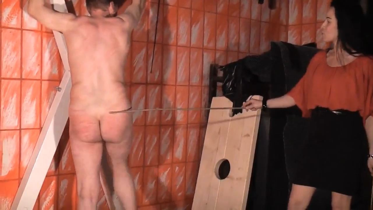 Senora el Combatiente In Scene: Whipping and Caning - DEUTSCHE DOMINAS / GERMANY FEMDOM - HD/720p/MP4