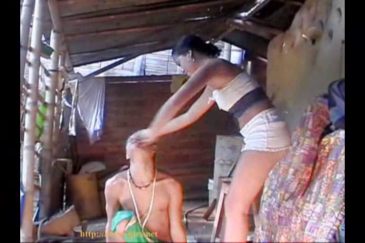 Submissive Peon 05 Spits and Slaps for your face - BOSSY-GIRLS / GIRLSDOMINATION - SD/480p/MP4