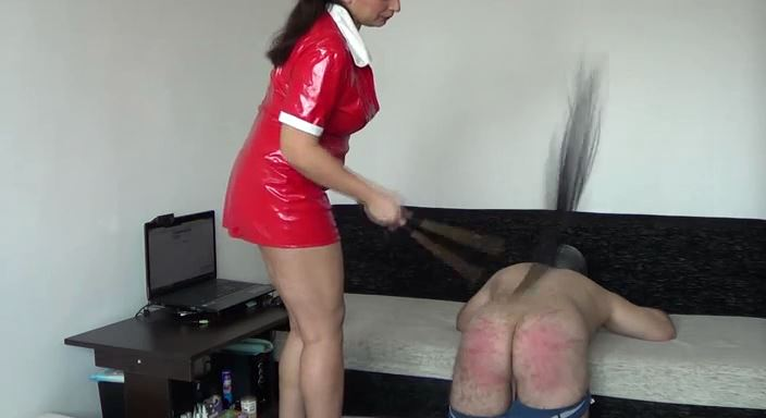 MISTRESS ROBERTA In Scene: Bad slave fantasy - HOUSE OF PAIN - LQ/384p/MP4