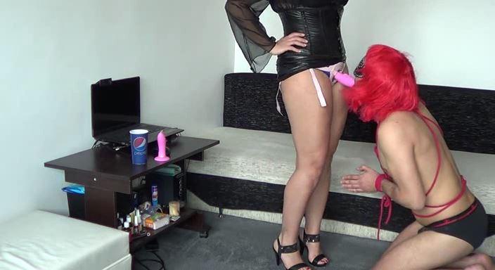 MISTRESS ROBERTA In Scene: Feminisation , bondage and cock sucking instructions - HOUSE OF PAIN - LQ/384p/MP4