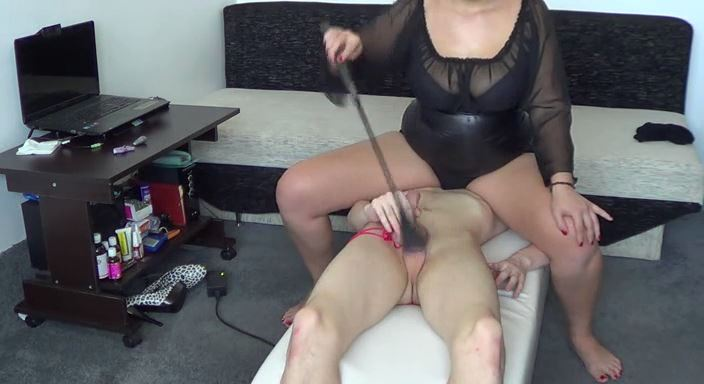 MISTRESS ROBERTA In Scene: One day training with a new slave 3 - HOUSE OF PAIN - LQ/384p/MP4