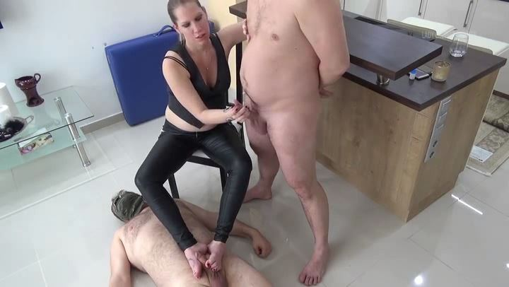Lady Cruella In Scene: Don Cruella - Double orgasm to the bad slave - LADY CRUELLAS GAMES - SD/406p/MP4