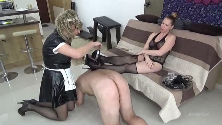 Lady Cruella In Scene: Lady's Harem - Shoe worship - LADY CRUELLAS GAMES - SD/406p/MP4