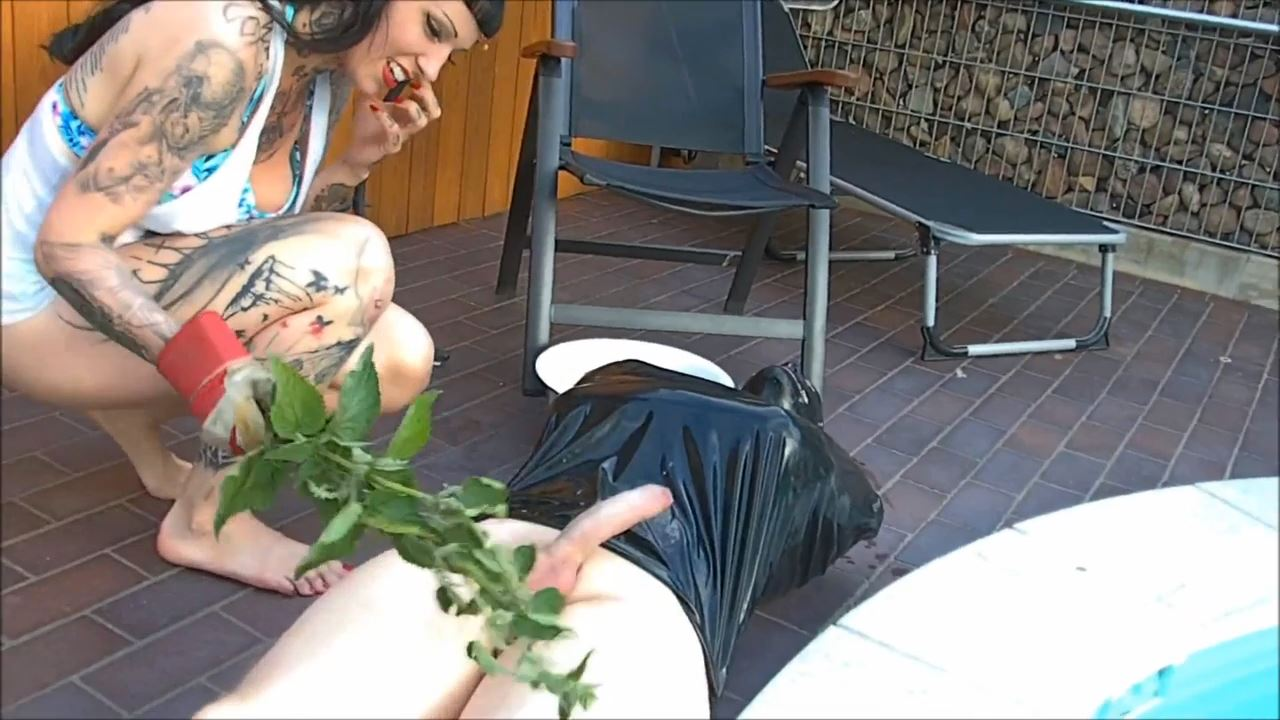 Lady Vampira In Scene: BIKINI BEAST - PIN UP DOMINATION BY LADY VAMPIRA - HD/720p/MP4