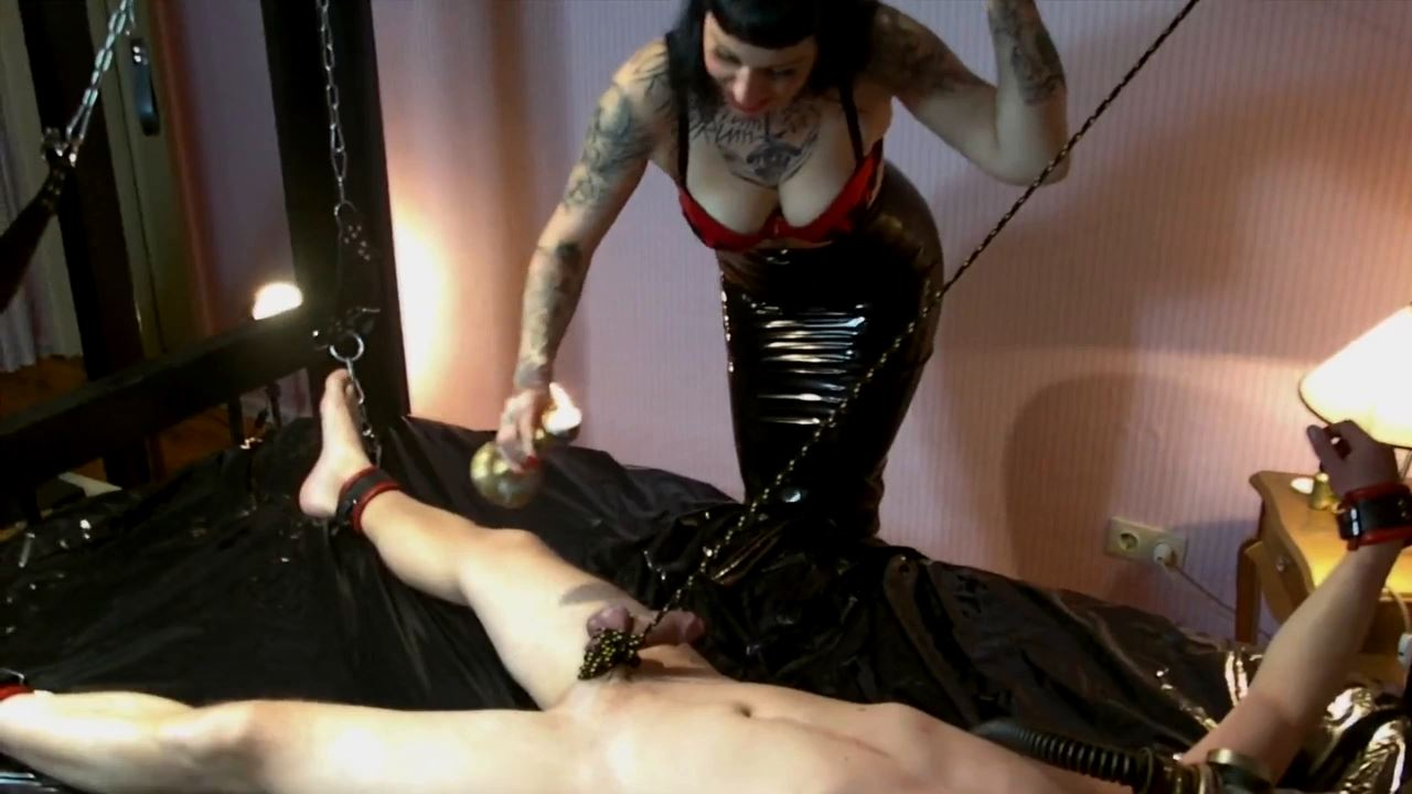 Lady Vampira In Scene: CBT PUNISHMENT FOR THE POPPERS-OBSESSION-PIGGY - PIN UP DOMINATION BY LADY VAMPIRA - HD/720p/MP4