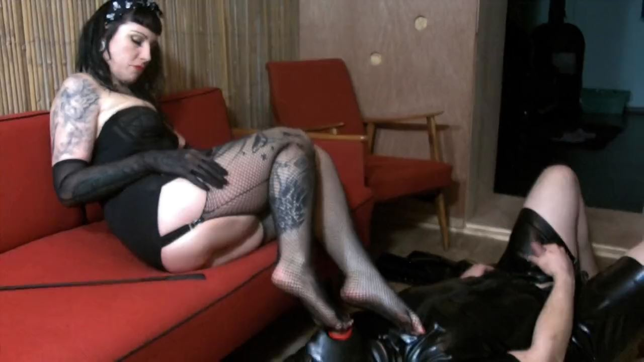 Lady Vampira In Scene: BAD IN BOOTS Part 2 - PIN UP DOMINATION BY LADY VAMPIRA - HD/720p/MP4