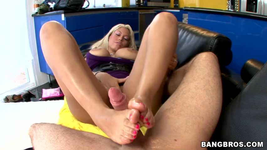 Bridgette B's Magical Wonders - MAGICAL FEET - SD/480p/MP4