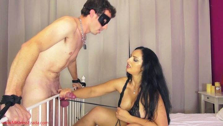 EZADA SINN In Scene: Going To Bed With Mistress Ezada - MISTRESS EZADA - SD/406p/MP4