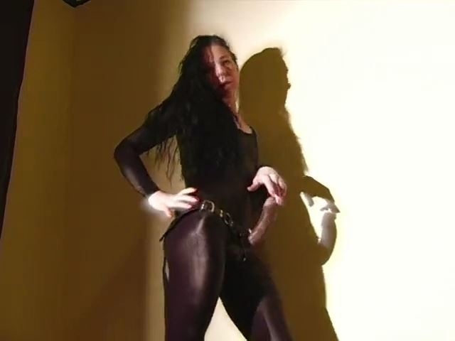 WHO THE FUCK WOULD WANT TO SLEEP WITH YOU - MISTRESS TRISH - SD/480p/MP4