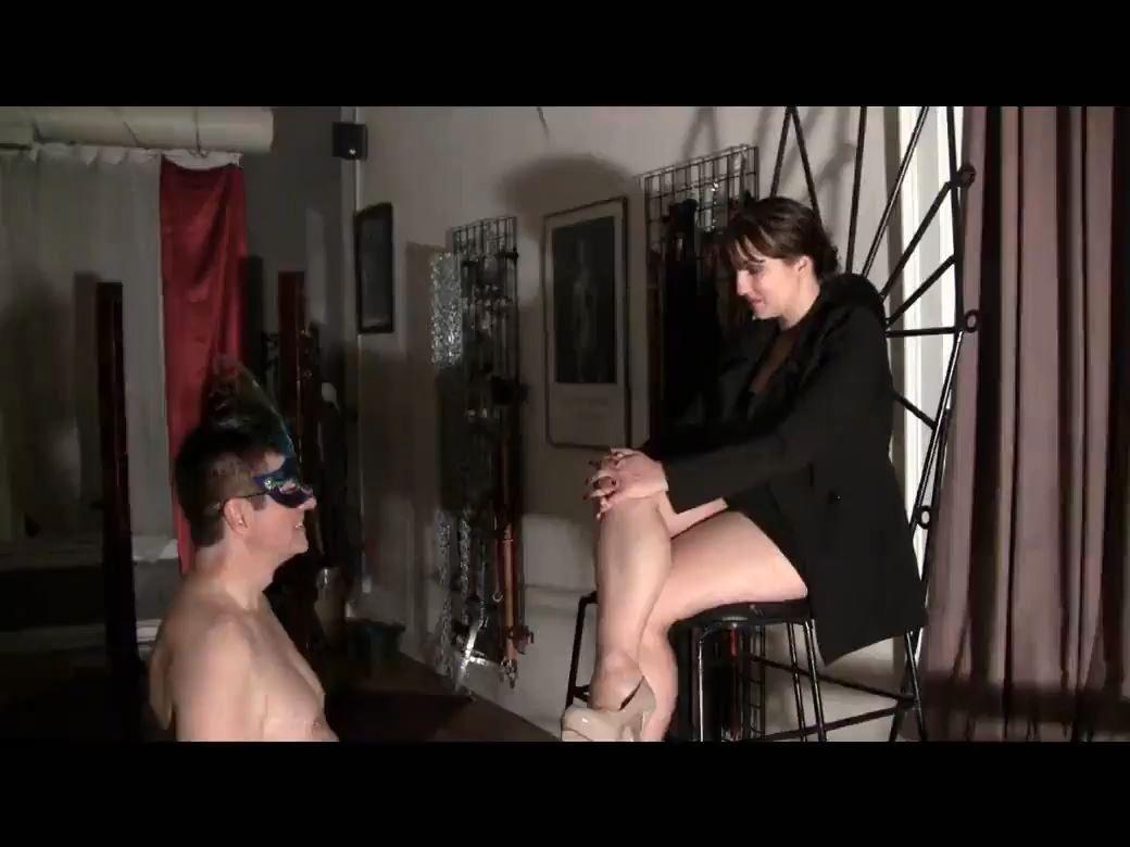 Mistress Xena In Scene: Little Dick Cum Eater - BIZARRE CINEMA - HD/780p/MP4