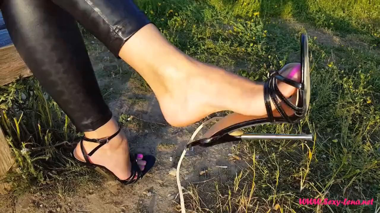 Fetish Model Lena In Scene: Dangling in Killer-Heels - SEXY LENA VIP - HD/720p/MP4