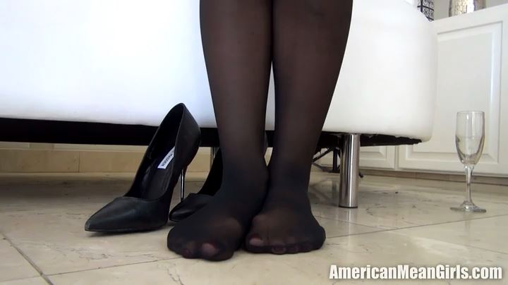Princess Tiffani, Miss Veronica In Scene: MEGA LOSER FOOT-TEAS - THE MEAN GIRLS POV - SD/404p/MP4