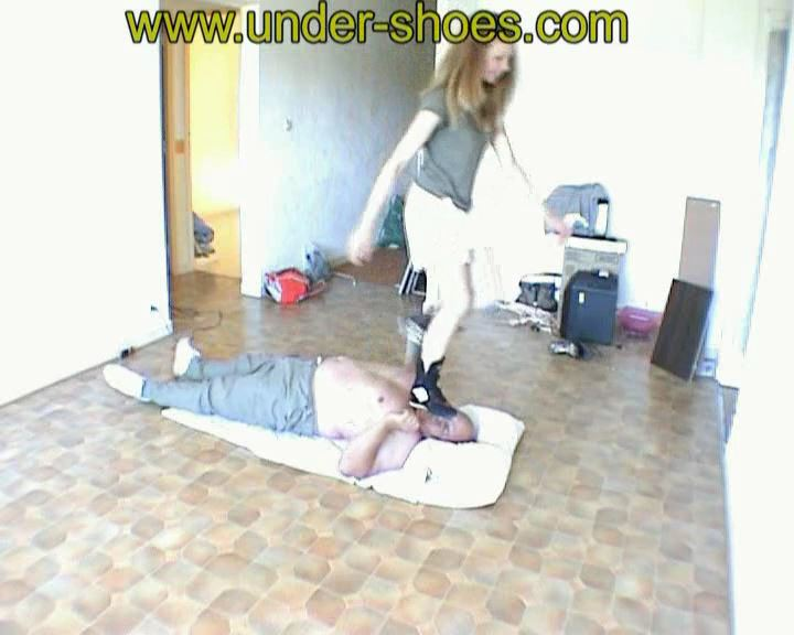 6 Eime Busting Laurie - UNDER-SHOES - SD/576p/MP4