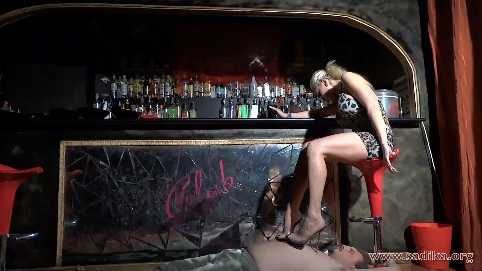 Jennyfer Cruel In Scene: Hard Trample And Nipples Massacre Part 1 Heels - WOMEN WEIGHT / SADIKA - FULL HD/1080p/MP4