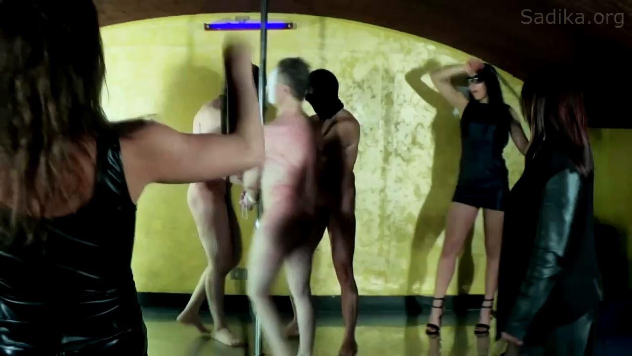 Jennyfer Cruel In Scene: Full Day 7_Whipping Giostra - WOMEN WEIGHT / SADIKA - HD/720p/MP4