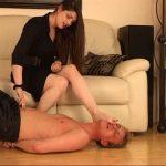 Mistress Vixen Aug 22 Part 2 – WOMANWORSHIP – SD/540p/MP4