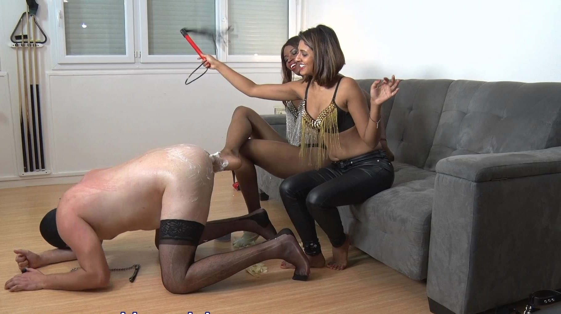 GODDESS ANAIS, GODDESS JADE In Scene: BIGGER IS BETTER - YOUNG GODDESS LAND - FULL HD/1080p/MP4