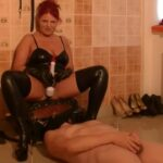 Goddess Andreea In Scene: humiliate her toilet in her dungeon – BIZARRE GODDESSES FROM ROMANIA – HD/720p/MP4