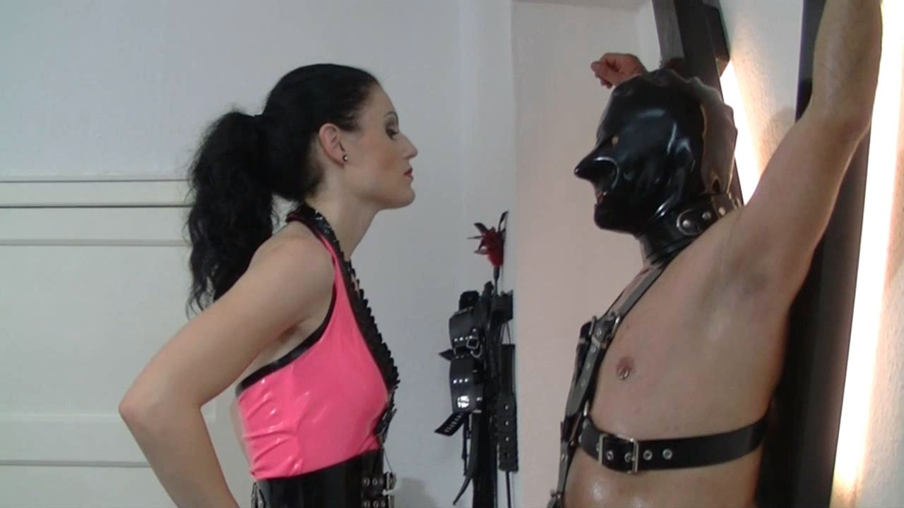Mistress Blackdiamoond In Scene: Hypnosis At The St. Andrew's Cross - BLACKDIAMOOND - HD/720p/MP4