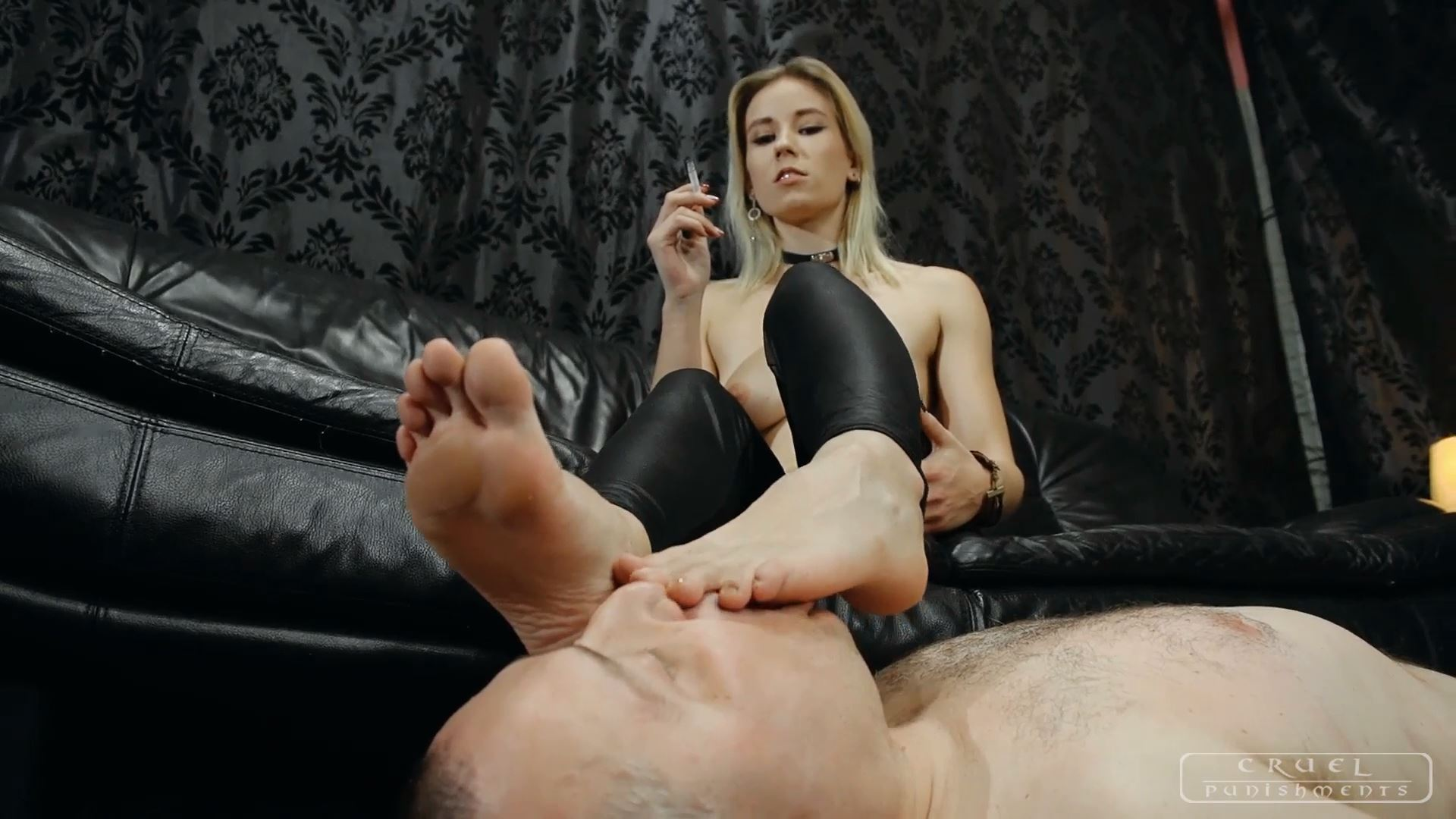 Mistress Anette In Scene: Feet sucker - CRUEL PUNISHMENTS - SEVERE FEMDOM - FULL HD/1080p/MP4
