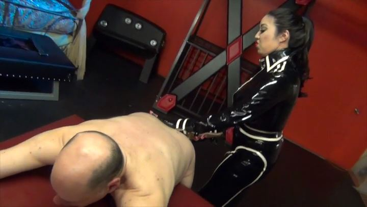 Mistress Cybill Troy In Scene: Breaking the Slave - CYBILL TROY'S DTLA DOMINAS / CYBILLTROY - SD/406p/MP4