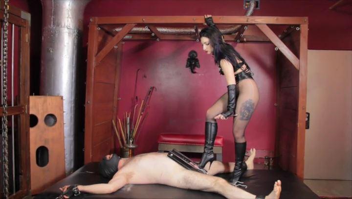 Mistress Cybill Troy In Scene: CBT Hell - CYBILL TROY'S DTLA DOMINAS / CYBILLTROY - SD/406p/MP4