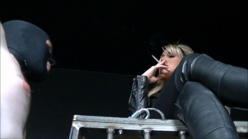 UK Mistress Elise In Scene: The Ignorant Ashtray - ELISE BULLIES BALLS UK - SD/480p/MP4