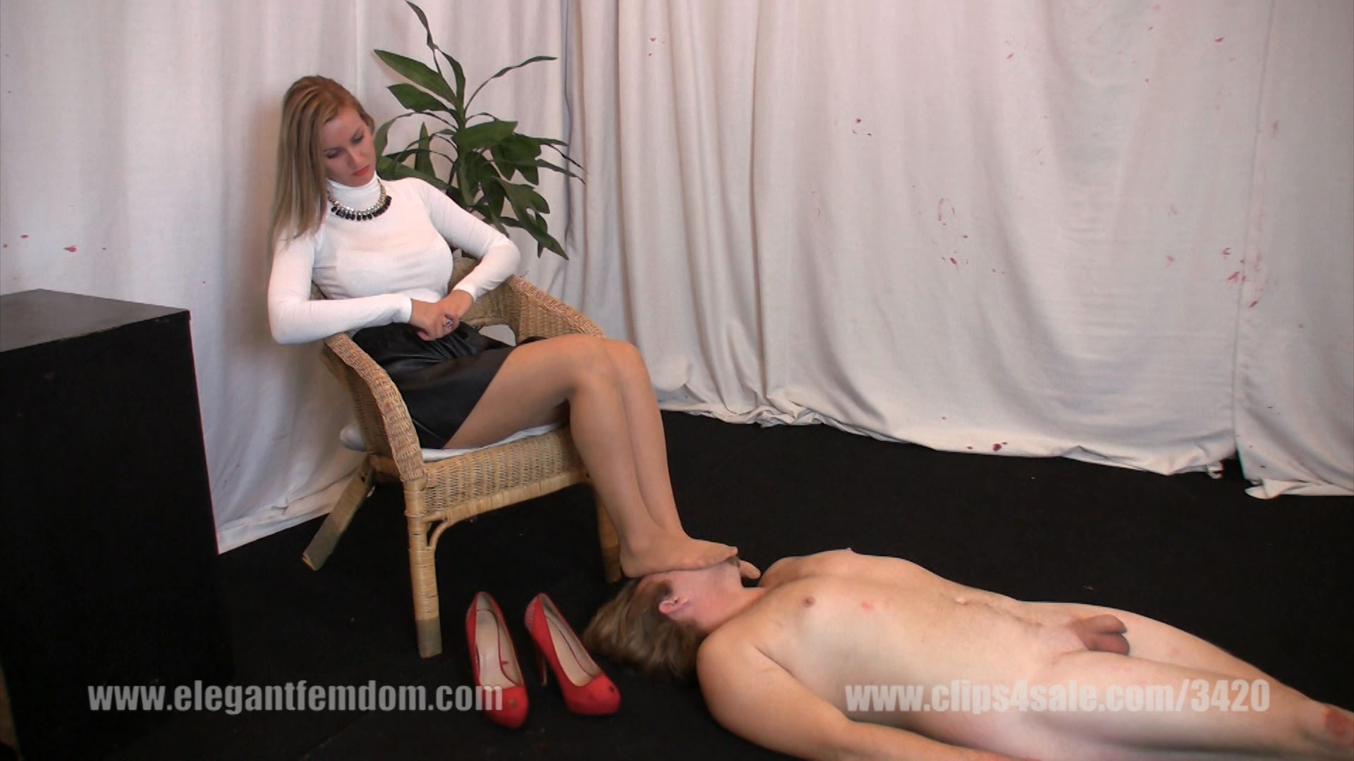 Excellent pantyhose teasing scene - ELEGANTFEMDOM - FULL HD/1080p/MP4