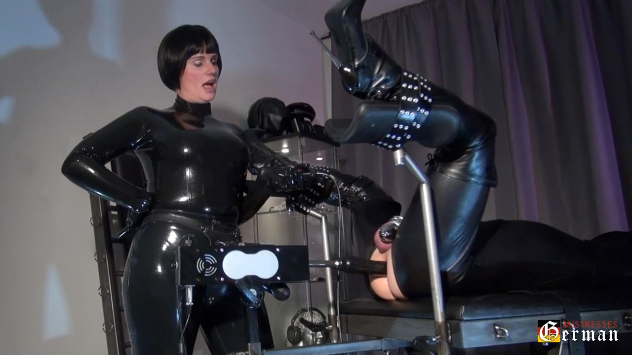 Helens`s fucking machine - GERMANMISTRESSES - HD/720p/MP4