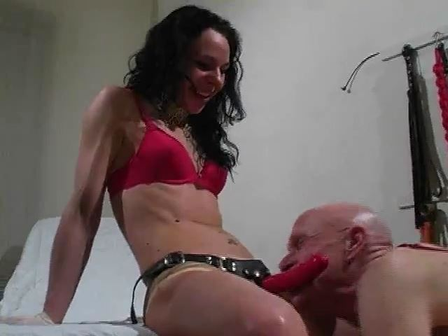 Strap-on Submission I: Suck It - MISTRESS TRISH - SD/480p/MP4