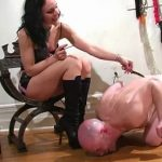 Shocking Knives – MISTRESS TRISH – SD/480p/MP4