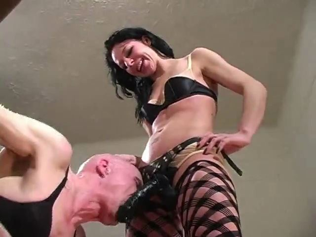 Open Wide Slut II: Gaping for Mistress' Strap-on - MISTRESS TRISH - SD/480p/MP4