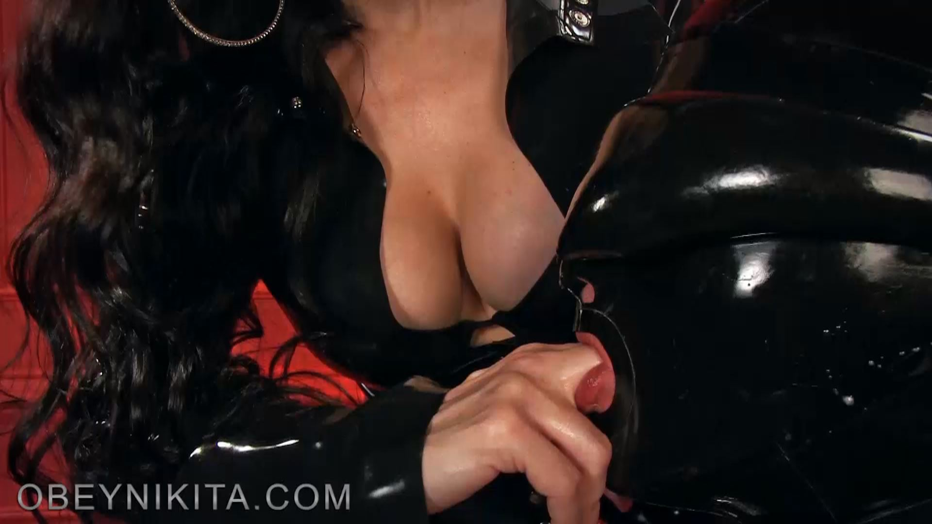 NAIL CONTROL. FEATURING: MISTRESS NIKITA - OBEYNIKITA - FULL HD/1080p/MP4