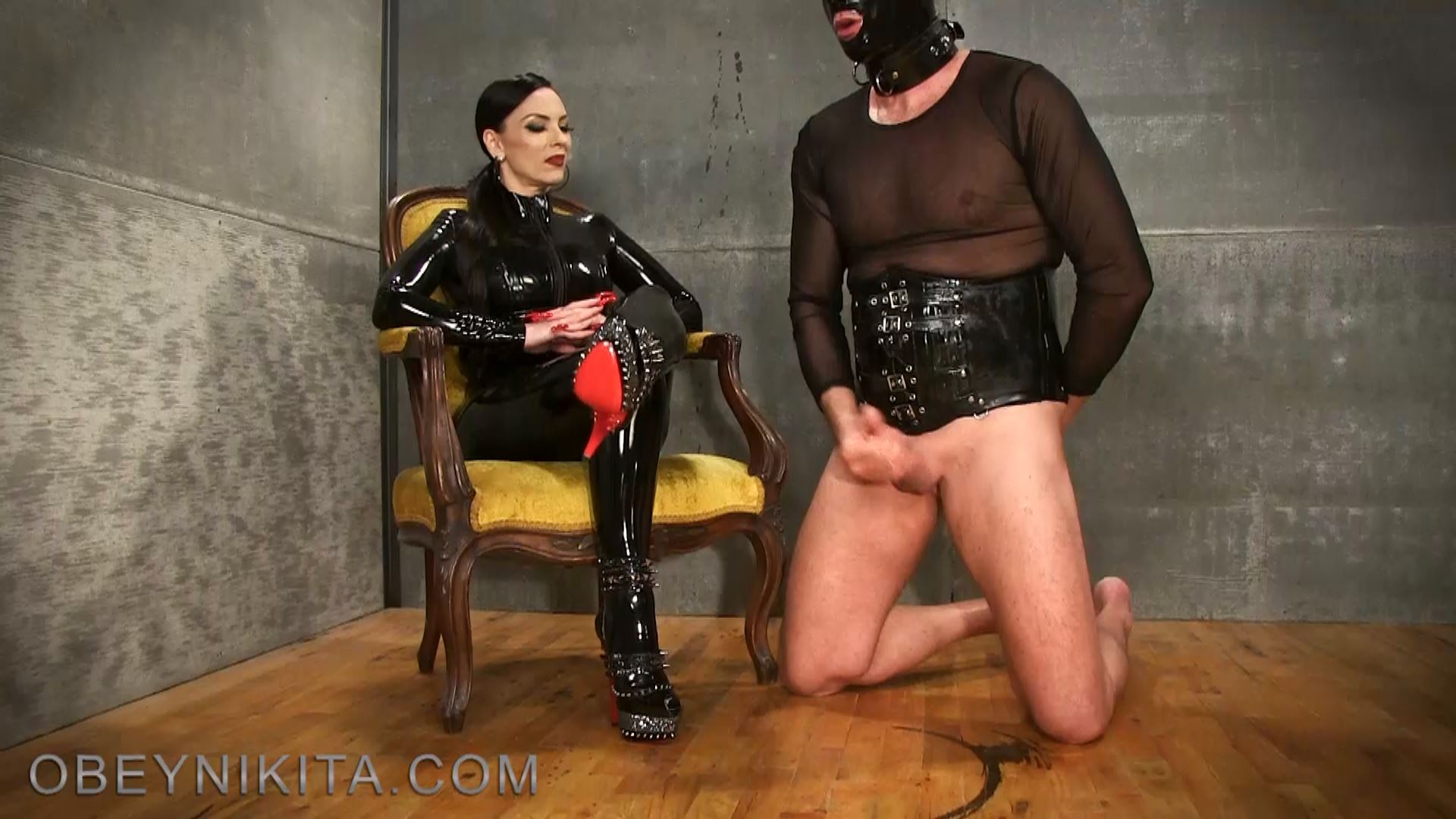 CUM FOR MY HEELS. FEATURING: MISTRESS NIKITA - OBEYNIKITA - FULL HD/1080p/MP4