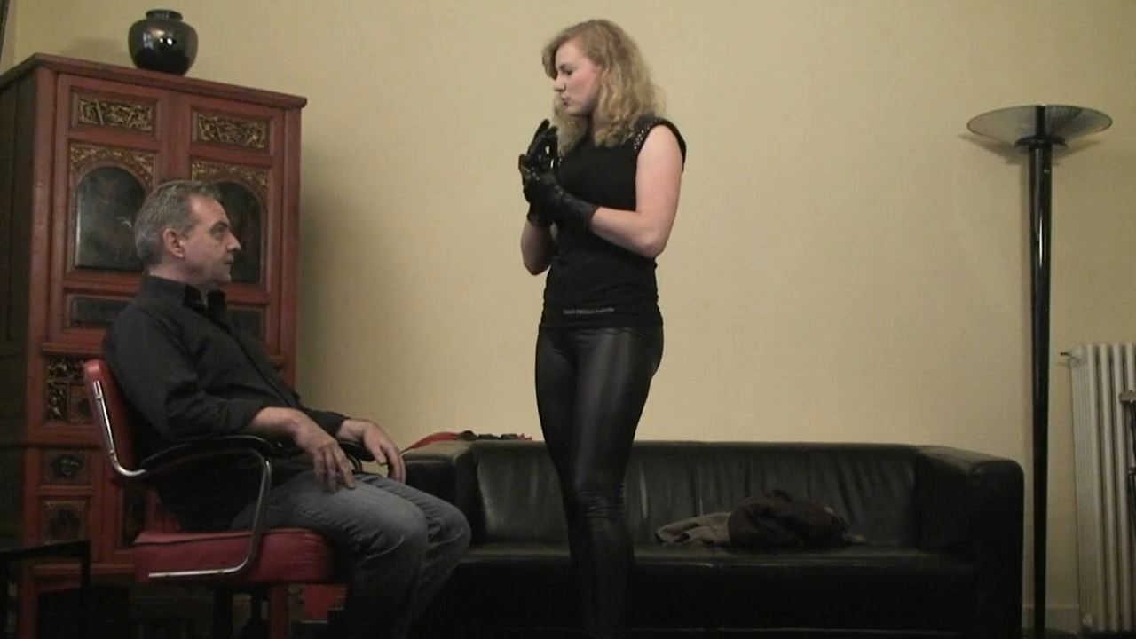 Powerful Face Slaps from Young Selina - ABSOLUTE-FEMDOM - HD/720p/MP4
