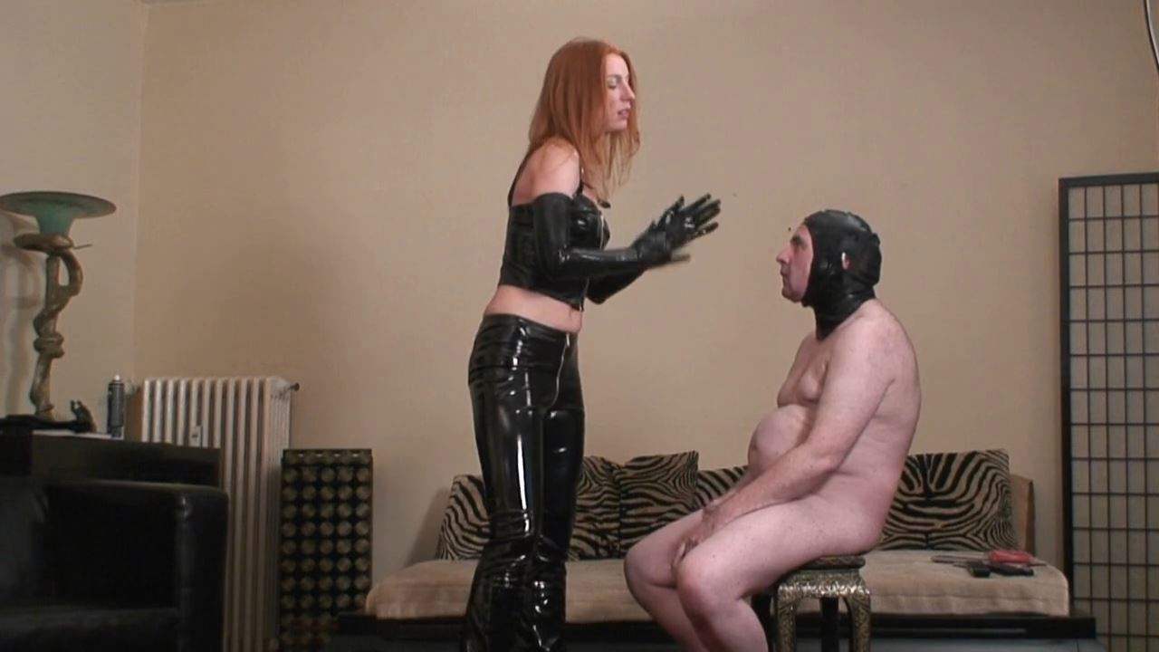 Special Service from Roxanne - ABSOLUTE-FEMDOM - HD/720p/MP4