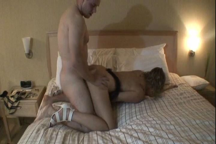 Blonde Cuckolds In Front Of Hubby 1 - AMATEUR CUCKOLD COLLECTION - SD/480p/MP4