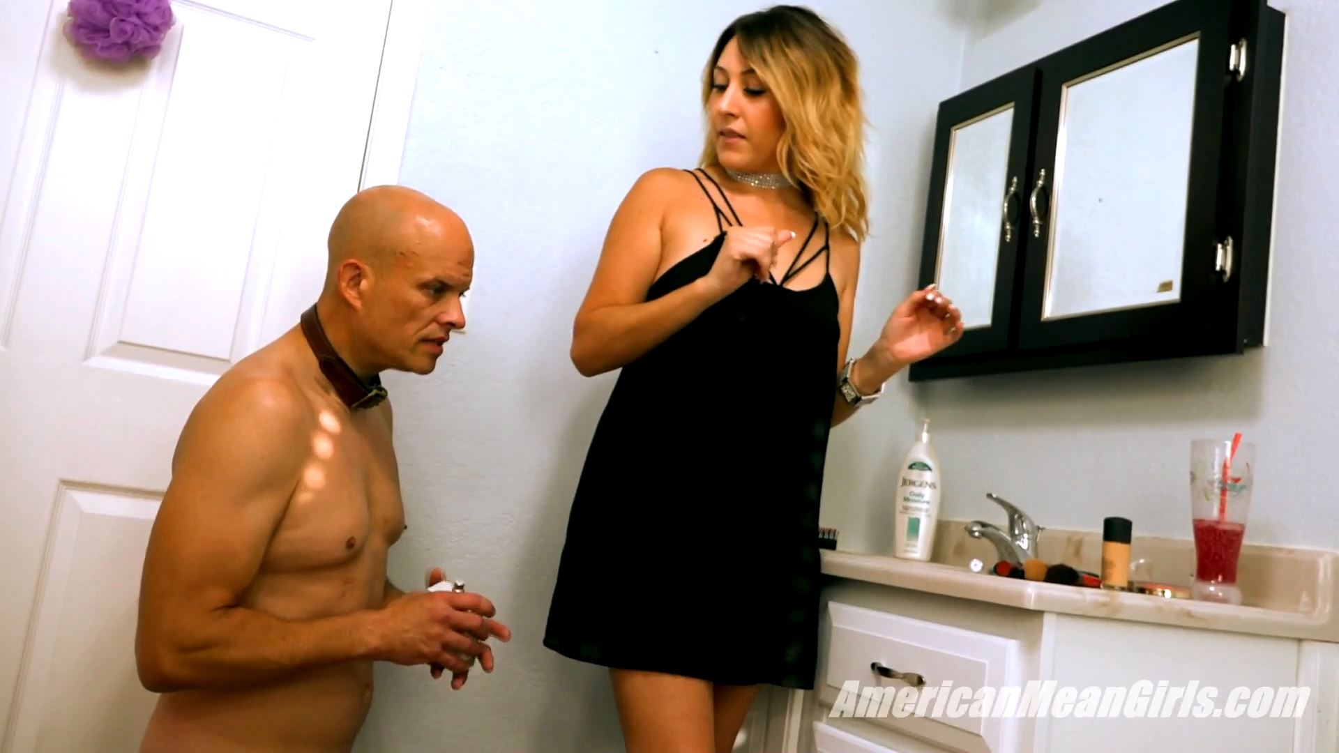 Skylar In Scene: The Sent Of A Real Man - AMERICAN MEAN GIRLS / MIAMI MEAN GIRLS - FULL HD/1080p/MP4