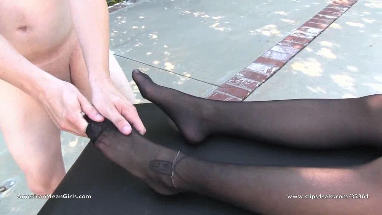 Stocking Massage - AMERICAN MEAN GIRLS / MIAMI MEAN GIRLS - HD/720p/MP4
