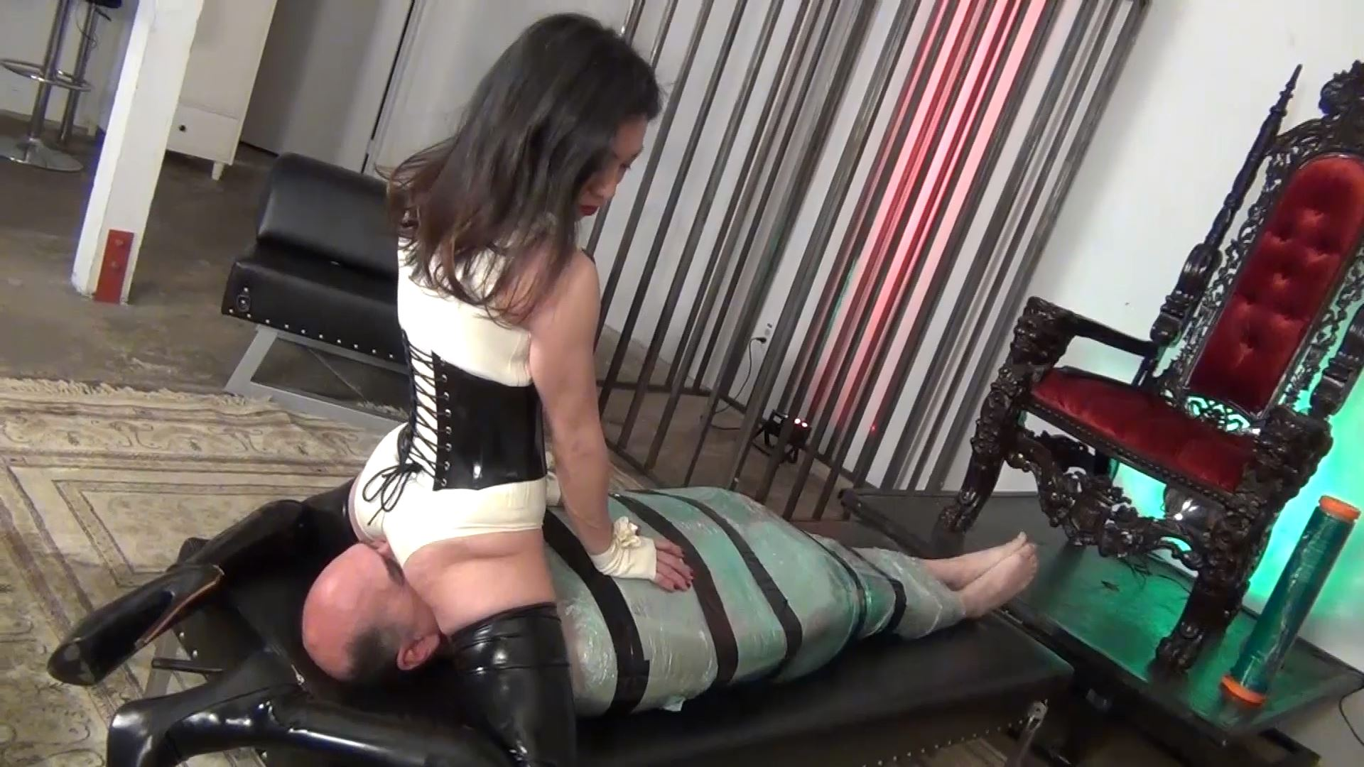 Goddess Pepper In Scene: YOU WILL ONLY BREATH MY ASS PART 2 - ASIAN CRUELTY - FULL HD/1080p/MP4