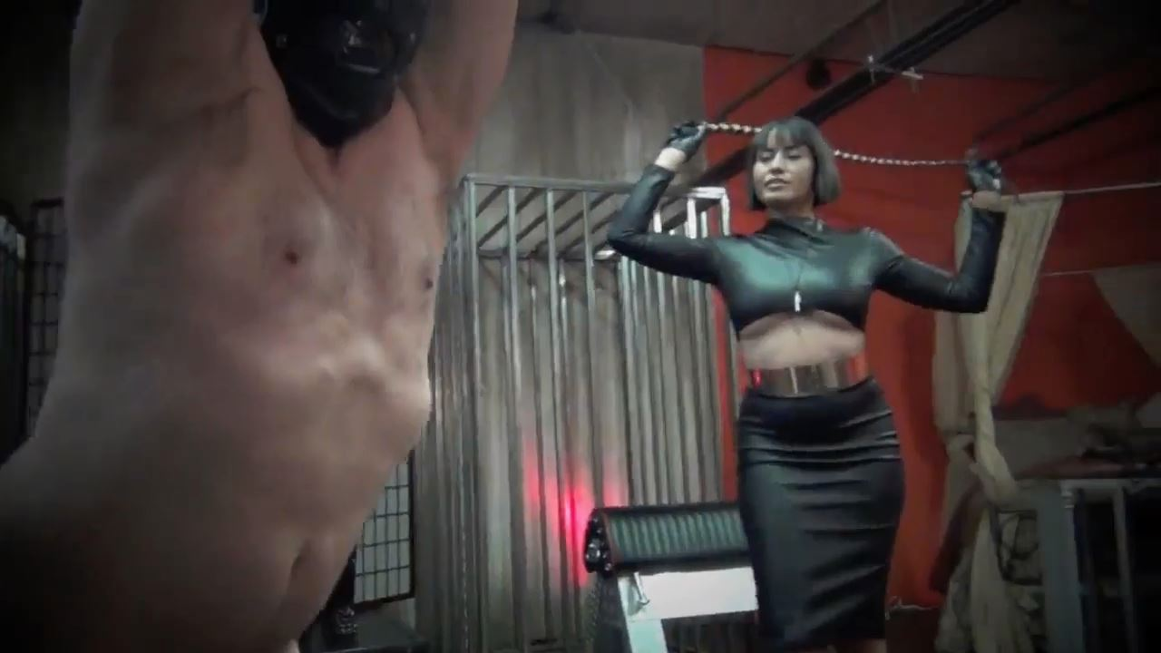 Mistress Maxine In Scene: DANCE TO THE BEAT OF MY BULLWHIP - ASIAN CRUELTY - HD/720p/MP4