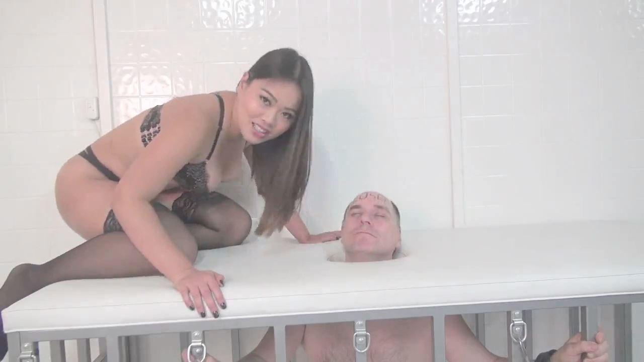 Astro Domina In Scene: HAIR TEASE - ASIAN MEAN GIRLS - HD/720p/MP4