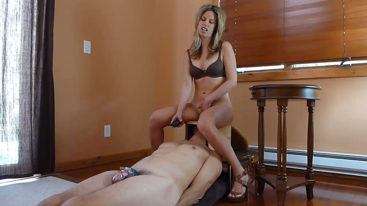 Cruel Goddess punishes slave in chastity - BRUTAL CBT - HD/720p/MP4
