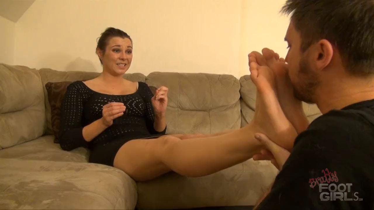 Goddess Remi's slave punishment - BRATTY FOOT GIRLS - HD/720p/MP4