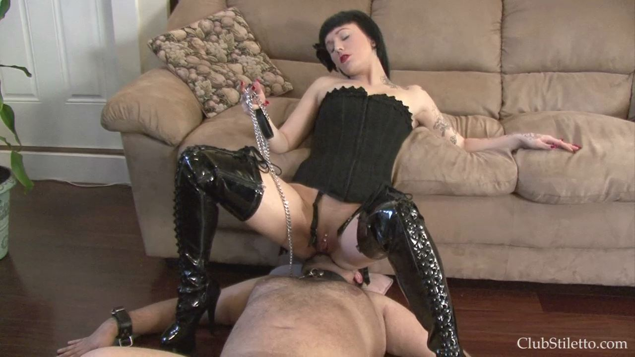 Peanut Dick Only Gets MY Ass on HIs Face - CLUBSTILETTO - HD/720p/MP4