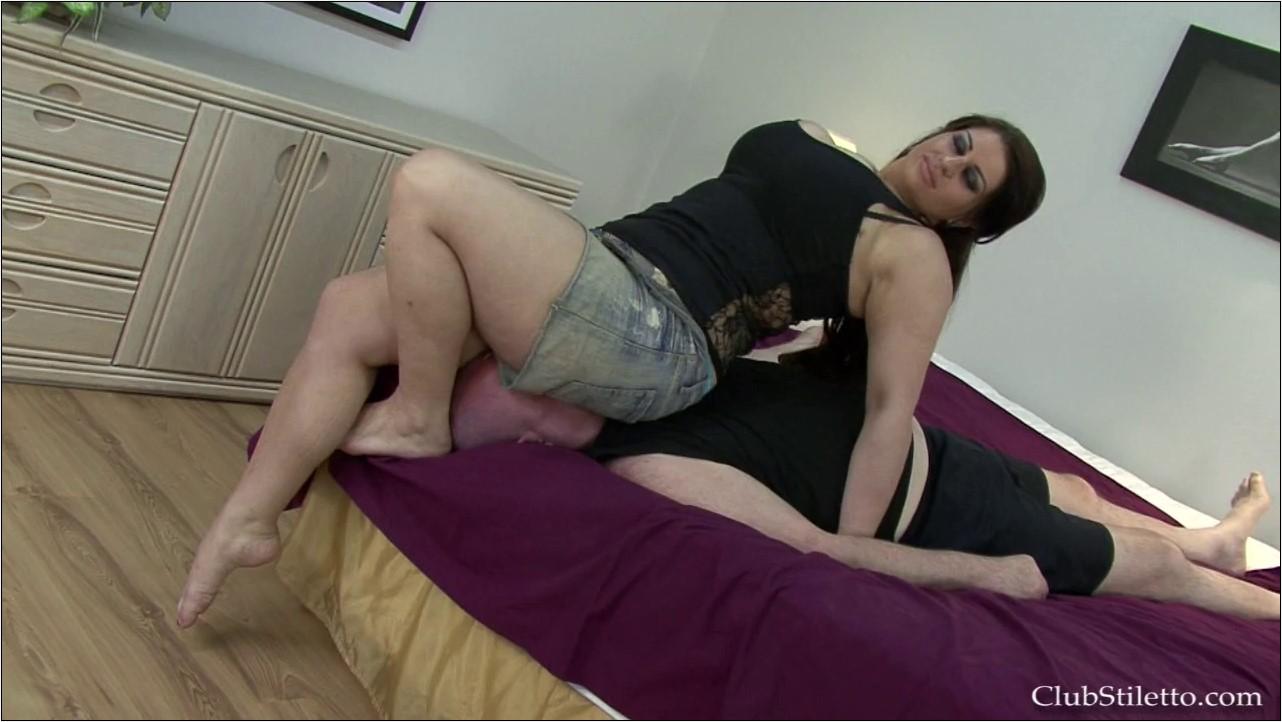 Jean Skirt Face Sitting Discipline 1 - CLUBSTILETTO - HD/720p/MP4