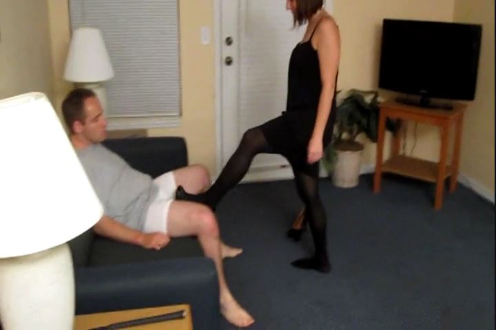 Princess Meggerz In Scene: Ballbusting Takes Out My Aggression - CRUDELIS AMATOR BALLBUSTING FETISH - SD/480p/MP4