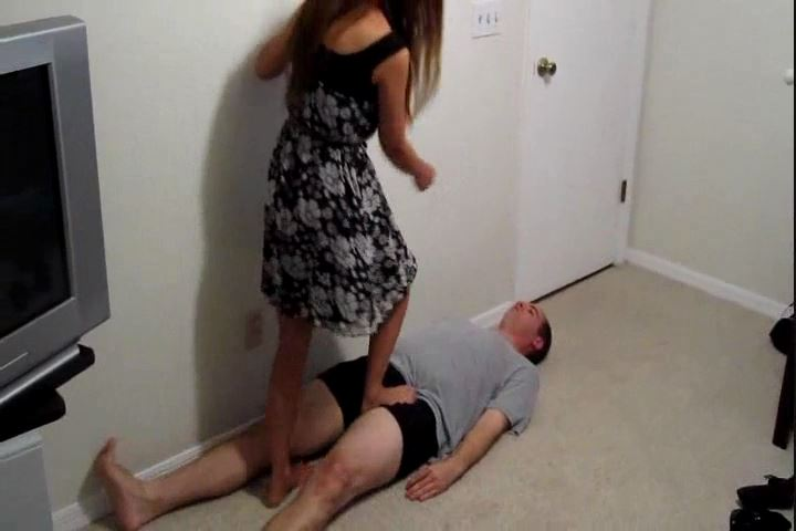 Asian Goddess Polly In Scene: After Dinner Trample - CRUDELIS AMATOR BALLBUSTING FETISH - SD/480p/MP4